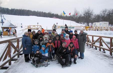 Трускавецький військовий санаторій приймає групу школярів із зони АТО