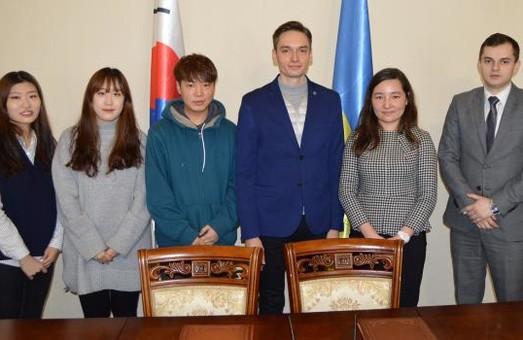 У Львівській ОДА на стажування прийматимуть корейців