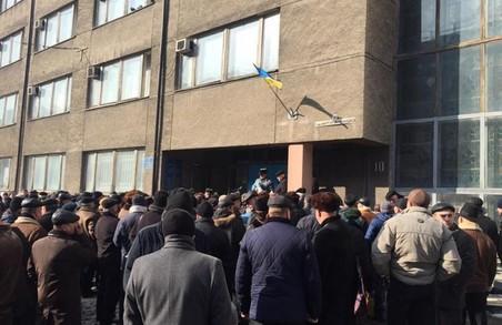 У Львові ветерани МВС пікетують і вимагають перерахунку виплат