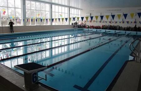 На Львівщині комерсант привласнив техніку з басейну, придбану за державні гроші