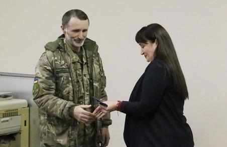 На Львівщині вручили посвідчення бійців-добровольців АТО