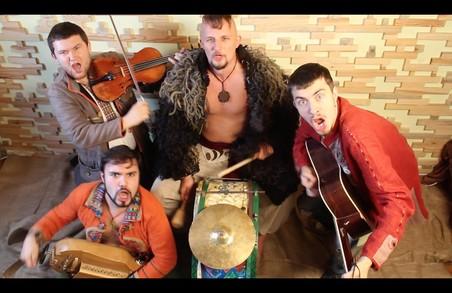 Музиканти зі Львова виступили із козацьким брейкбітом на Донеччині