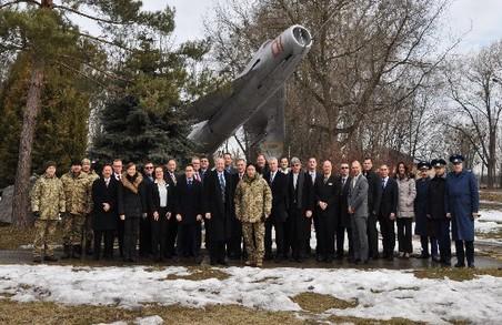 До Львова завітала делегацію коледжу ВПС США