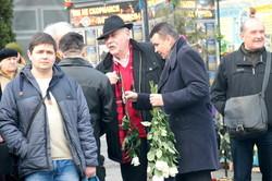 У Львові влада та громадськість вшанували Тараса Шевченка квітами та віршами (ФОТО)