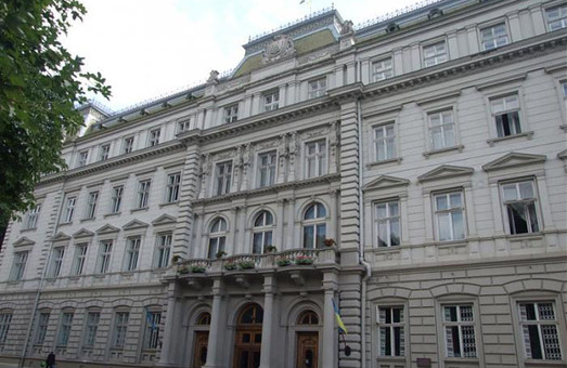 У Львові знову ініціюють проведення позачергової сесії облради