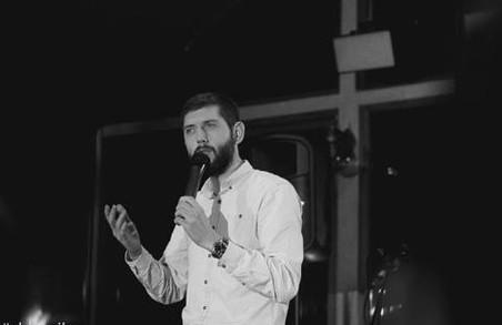 """Олександр Дмитрович: """"Стендапом людина може займатись, навіть якщо не займалась гумором взагалі"""""""