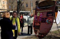 Міжнародний день театру у Львові: нестандартна виставка посеред вулиці (ФОТО)