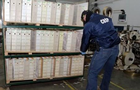 Поляки ліквідували нелегальну тютюнову фабрику з працівниками - львів'янами