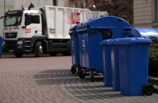 До кінця дня Львів обіцяють повністю очистити від сміття