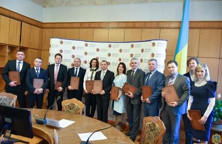 На Львівщині 11 банків надаватимуть кредити на бізнес для воїнів АТО