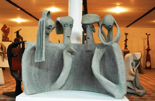Для скульптур Михайла Дзиндри у Львові хочуть виділити алею