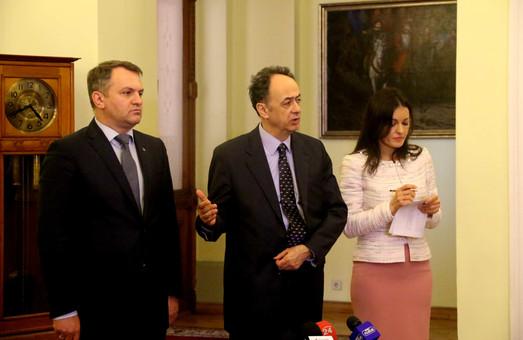 Що за листи Синютка передав послу ЄС в Україні Хюга Мінгарелі?