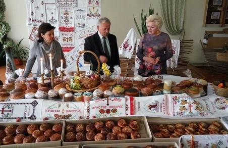 На Львівщині спекли великодні пасочки для бійців АТО