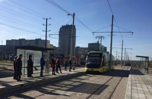 """Не здалися без бою: """"Сихівський"""" трамвай таки курсує"""
