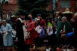 Що святили цьогоріч у великодніх кошиках львів`яни (ФОТО)