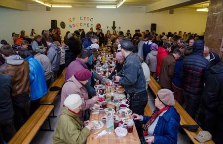 Львівський Великодній сніданок зібрав 500 потребуючих