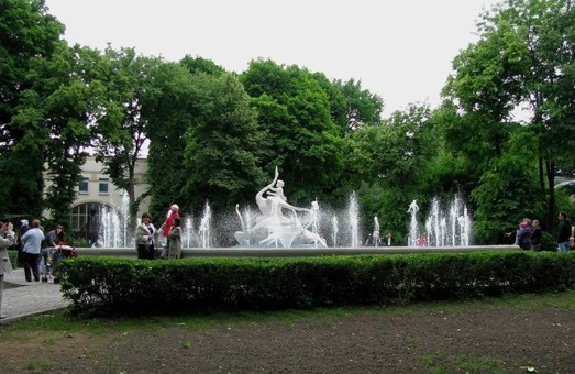 Прокуратура не дозволила Садовому відібрати Стрийський парк у громади