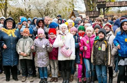 Чим розважаються діти на Львівщині
