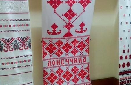 У Львові відкрилась виставка вишиваних полотен Людмили Огнєвої (ФОТО)
