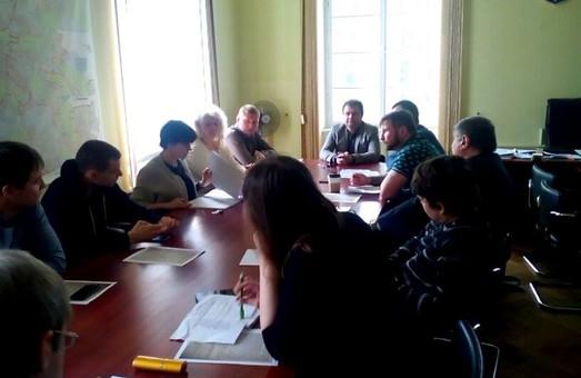У Львівській міськраді продовжується засідання конкурсного комітету по транспорту
