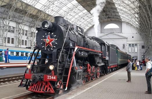На травневі свята до Львова курсуватимуть додаткові поїзди