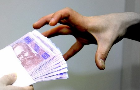 Псевдоволонтер обікрав жінку на Львівщині