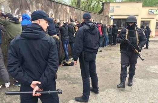 Львівські фанати побилися з тернополянами