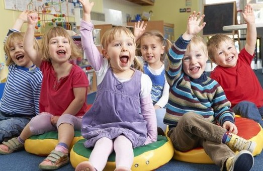 У Львові відновлять дитячий садок і майданчик