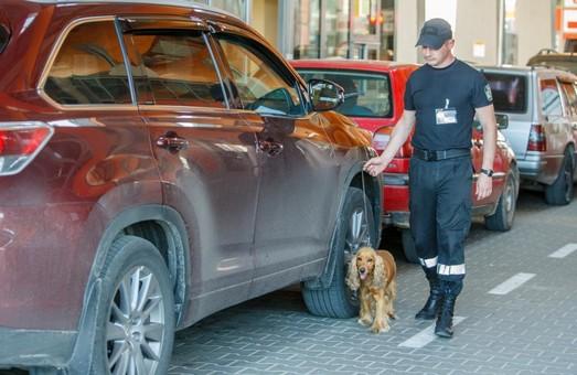 На Львівщину намагались ввезти крадений автомобіль
