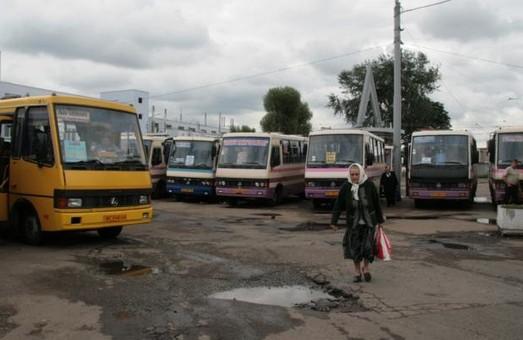 Скільки з обіцяних автостанцій збудували у Львові за останні вісім років?