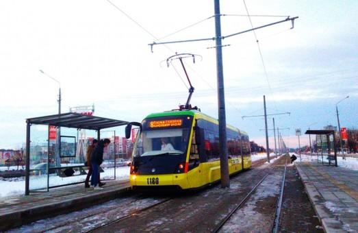 На Сихові трамвай збив школяра