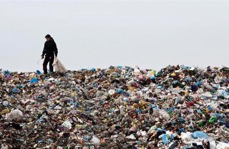 На смітті зі Львова організували незаконні схеми