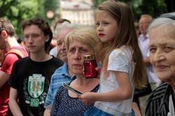 Прощання  з Кардиналом : тисячі  львів'ян вшанували Любомира Гузара (ФОТО)