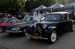 Музей раритетних машин під відкритим небом: «Леополіс Гран Прі-2017» у Львові (ФОТО)