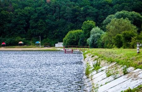 Лише три озера у Львові придатні для купання