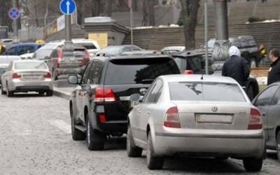 У Львові облаштують нові майданчики для службового паркування