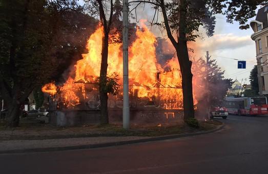 Вогонь знищив кіоск у Львові