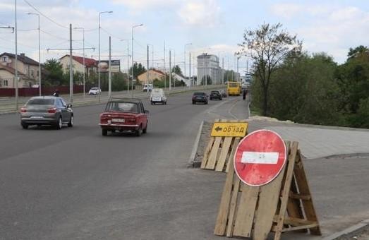 Транспортний з'їзд на Хуторівці відкриють для руху транспорту