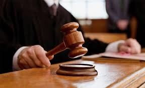 Як у Садового програли черговий суд громадськості
