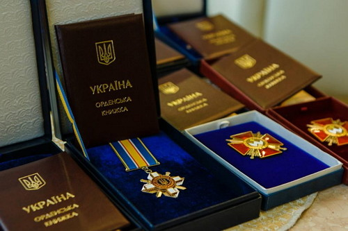 29 державних нагород від Президента отримали учасники АТО із Львівщини