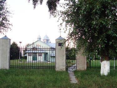 На Львівщині «догналівець», якого звинувачують у захоплені церкви, заволодів ще одним майном релігійної громади