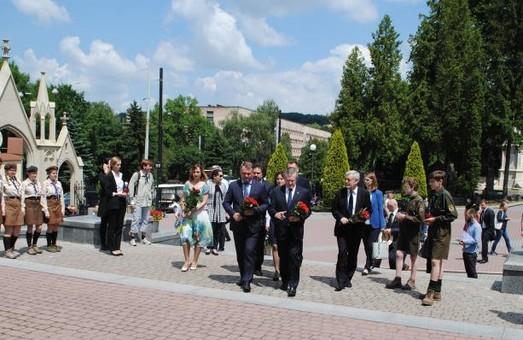 Українці та поляки спільно вшанували пам'ять полеглих Героїв на Львівщині