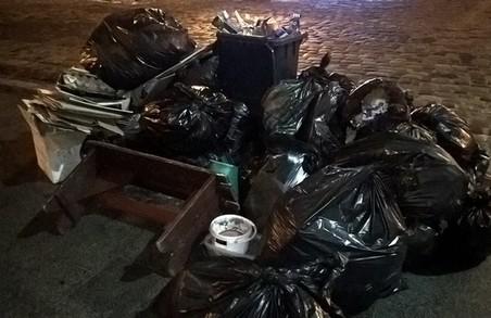 У Львові знову перекриватимуть дорогу через сміття Садового