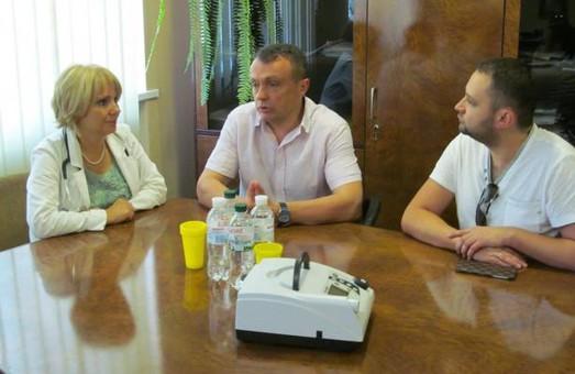 Благодійники передали обладнання для Західноукраїнського спеціалізованого дитячого медичного центру