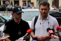 Ситуація з місцями для паркуванням у центрі Львова критична (ФОТО)
