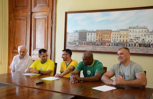 Бразильські футболісти відвідують Львів з нагоди 500-річчя Реформації