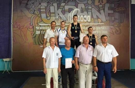 На Львівщині найкращі юні важкоатлети
