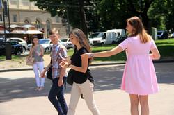 Біля львівської опери розповідають як вберегти дітей від опіків (ФОТО)