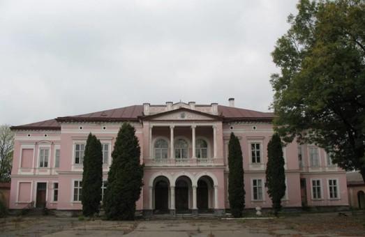 На Львівщині палац Бадені «консервують»