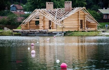 З понад сотні водойм у Львові придатними для купання визнали лише 3 озера